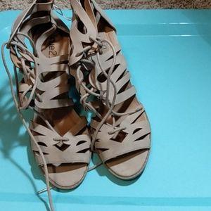 NWT Rue 21 high heels